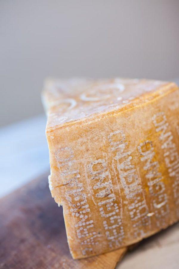 productafbeelding Parmigiano Reggiano D.O.P. Riserva di montagna 2015